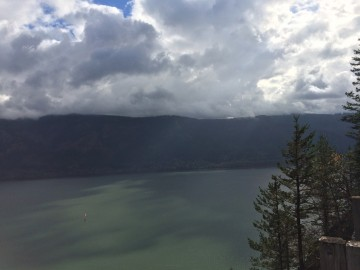 columbia river by Larry
